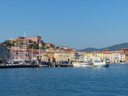 Elba-Portoferraio-Hafen-2