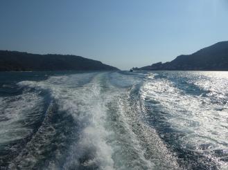 Italien-Cinque_Terre-Faehre-Meer-1