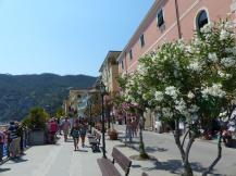 Italien-Cinque_Terre-Monterosso-Promenade-2
