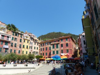 Italien-Cinque_Terre-Vernazza-Hafen-4