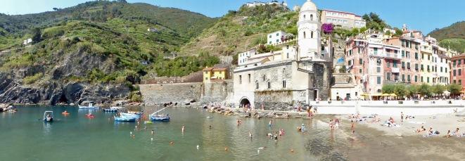 Italien-Cinque_Terre-Vernazza-Hafen-5