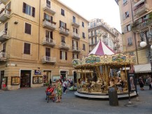 Italien-La_Spezia-Altstadt-Karusell-1