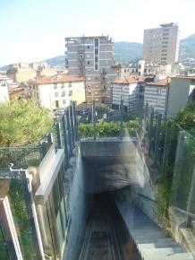 Italien-La_Spezia-Aufzug-Castello_di_San_Giorgio-2