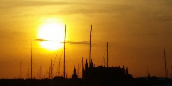 Mallorca-Palma-Hafen-Kathedrale-Sonnenaufgang-2