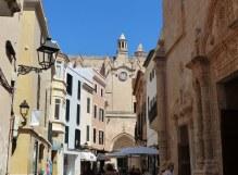 Menorca-Ciutadella-Altstadt-Einkaufsstrasse-3