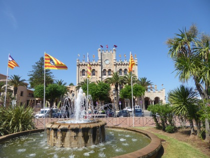 Menorca-Ciutadella-Rathaus-3