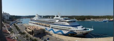 Menorca-Mahon-Hafen-Ausblick-AIDAaura-2