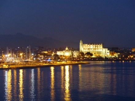 Palma_de_Mallorca-Kathedrale-Daemmerung-1