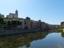 Spanien-Girona-Onyar-Haeuser-1