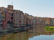 Spanien-Girona-Onyar-Haeuser-2