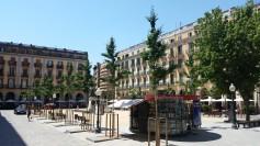 Spanien-Girona-Placa_de_Independencia-3