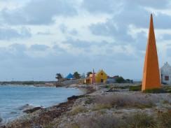 Bonaire-Sklavenhuetten-Obelisk-1