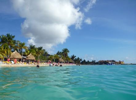Curacao-Mamboo_Beach-1