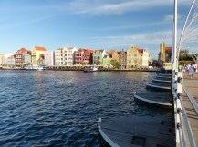 Curacao-Willemstad-Koenigin_Emma_Bruecke-3
