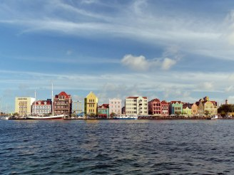 Curacao-Willemstad-Skyline-1
