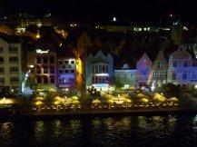 Curacao-Willemstad-Skyline-Nacht-3