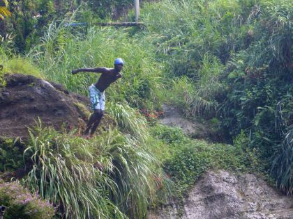 Grenada-Concord_Wasserfall-Springer-4