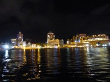 Port Louis - Caudan Waterfront bei Nacht