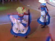 AIDA-Seychellen-Folkloregruppe-Pooldeck-3