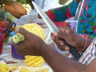 Mauritius-Leckere_Ananas-2