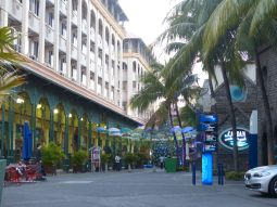 Mauritius-Port_Louis-Caudan_Waterfront-10