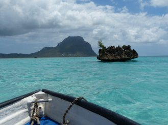 Mauritius-Westkueste-Crystal_Rock-2