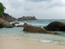 Seychellen-Mahe-Strand_Takamaka-2