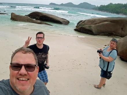 Seychellen-Mahe-Strand_Takamaka-wir-1