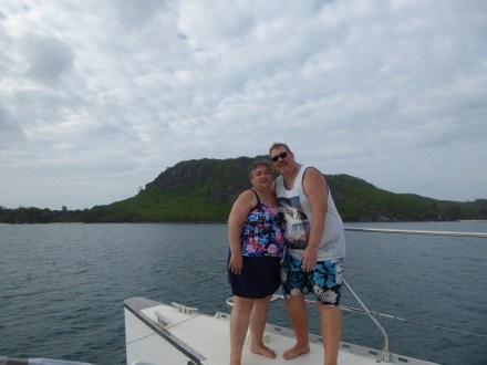 Seychellen-Ste_Anne_Marine_National_Park-Katamaran-wir-2