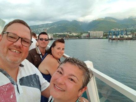 La_Reunion-Le_Port-Hafen-Abschied-wir-1