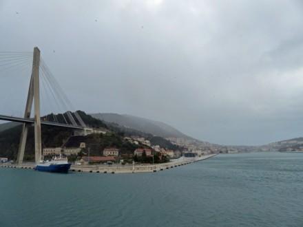 Dubrovnik-Einfahrt_Hafen-morgens-3