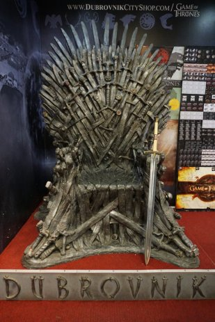 Dubrovnik-Game_of_Thrones-Souvenirladen-Der_eiserne_Thron-1
