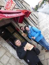 Dubrovnik-Gasse-Snack-wir-1