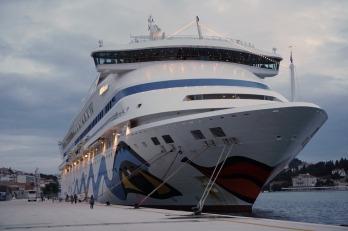 Dubrovnik-Hafen-AIDA_aura-1