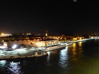 Venedig-Hafen-Ablegen-Nacht-1