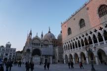 Venedig-Palazzo_Ducale-Basilica_di_San_Marco-Abenddaemmerung-1