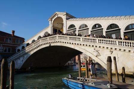 Venedig-Rialto_Bruecke-3