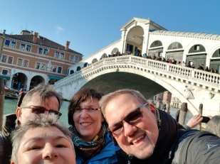 Venedig-Rialto_Bruecke-wir-1