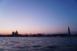 Venedig-Skyline-Abenddaemmerung-3