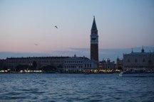 Venedig-Skyline-Markusplatz-Abenddaemmerung-1