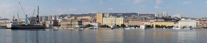 Kroatien-Rijeka-Hafen-Panorama-1