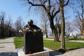 Statue Papst Johannes Paul II