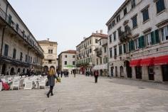 Montenegro-Kotor-Altstadt-Marktplatz-2