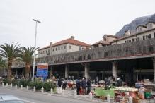 Bauernmarkt an der Stadtmauer