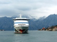 Montenegro-Kotor-Fjord-AIDA_aura-8
