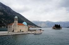 Montenegro-Perast-St_Marien_auf_dem_Felsen-St_Georg-2
