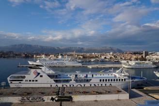 Split-Hafen-Faehren-1