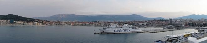 Split-Hafen-Panorama-Morgendaemmerung-1