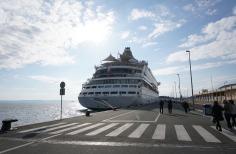 Split-Hafen-Pier-AIDA-1
