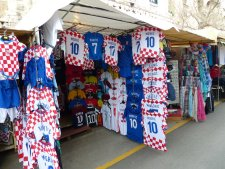 Split-Markt-Trikots-3